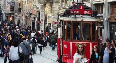 taksim-the_street_is_istiklal_of_taksim_in_istanbul